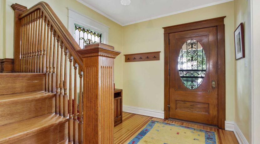 Entry-Foyer-(3)