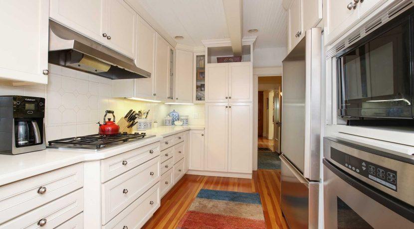 Kitchen-(2)