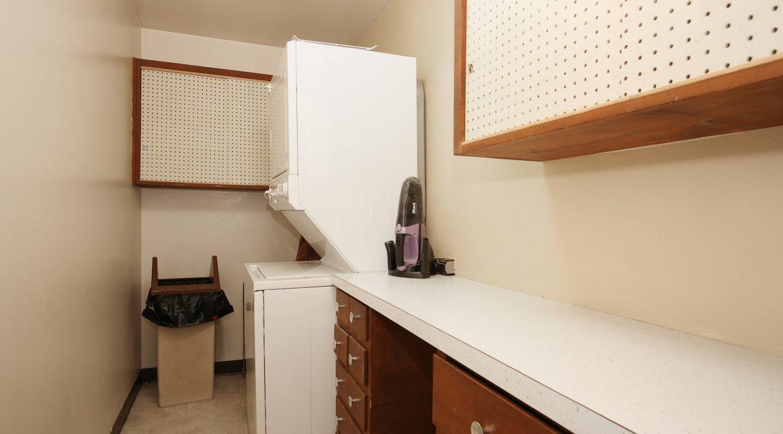 Laundry-Room_MLS