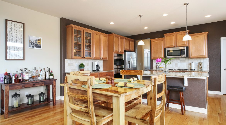 Dining_Kitchen-2_MLS