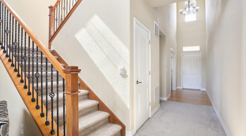 Entry-Foyer-2_MLS
